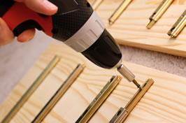 Качественный ремонт фурнитуры мебели